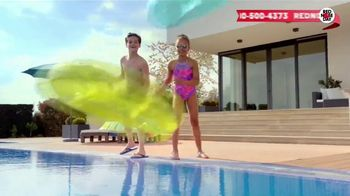 Macy's Memorial Day Sale TV Spot, 'Bold and Colorful Swimwear for Everyone' - Thumbnail 7