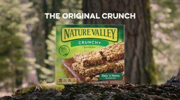 Nature Valley Oats & Honey Crunchy Granola Bars TV Spot, 'Satisfying Crunch' - Thumbnail 9