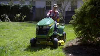 John Deere TV Spot, 'HGTV: Backyard Party Destination' - Thumbnail 3