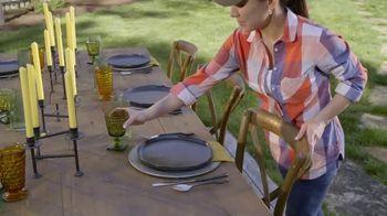 John Deere TV Spot, 'HGTV: Backyard Party Destination' - Thumbnail 6