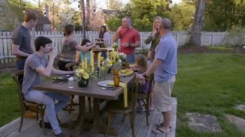 John Deere TV Spot, 'HGTV: Backyard Party Destination'