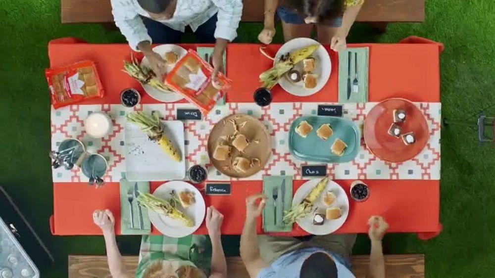 King's Hawaiian TV Commercial, 'Hosting'