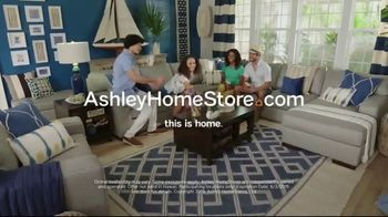 Ashley HomeStore Memorial Day Sale TV Spot, 'Hot Summer Deals' Song by Midnight Riot - Thumbnail 7
