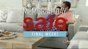 Ashley HomeStore Memorial Day Sale TV Spot, 'Hot Summer Deals' Song by Midnight Riot