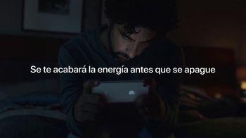 Apple iPhone XR TV Spot, 'Trasnochar' canción de Julie Andrews [Spanish] - Thumbnail 7