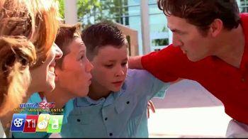 UltraStar Multi-tainment Centers TV Spot, 'Huddle Up' - Thumbnail 3