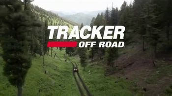 Tracker Off Road TV Spot, 'Built for the Love of Country: Tracker 570' - Thumbnail 10