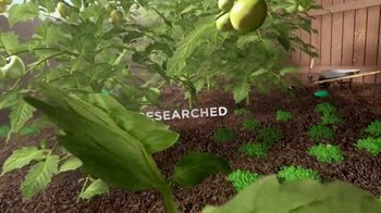 Miracle-Gro TV Spot, 'Discovery Channel: Enjoy the Grow' - Thumbnail 4