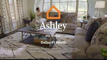 Ashley HomeStore Memorial Day Sale TV Spot, 'Las mejores ofertas del verano' canción de Midnight Riot [Spanish] - Thumbnail 8