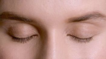 L'Oreal Paris Lash Serum Solution TV Spot, 'Lash Caring Complex' - Thumbnail 1