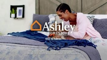Ashley HomeStore Memorial Day Sale TV Spot, 'Final Four Days: 25 Percent Off' Song by Midnight Riot - Thumbnail 9