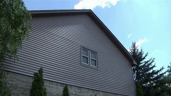 1-800-HANSONS TV Spot, 'Weatherproof Siding: 65 Percent Off Installation' - Thumbnail 1