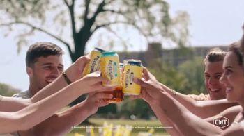 Twisted Tea TV Spot, '2019 CMT Music Awards: Summertime in Nashville' - Thumbnail 7