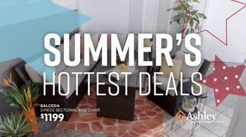 Ashley HomeStore Memorial Day Sale TV Spot, 'Extended: Patio Furniture' Song by Midnight Riot - Thumbnail 4