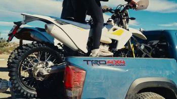 Toyota Summer Savings TV Spot, 'Babes Ride Out' [T2] - Thumbnail 3