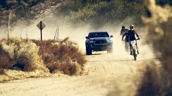 Toyota Summer Savings TV Spot, 'Babes Ride Out' [T2] - Thumbnail 8