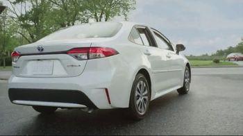 Toyota Summer Savings Event TV Spot, 'Corolla: Cash Back Incentives' [T2] - Thumbnail 4