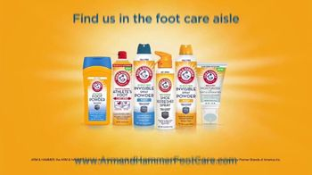 Arm & Hammer Foot Care Shoe Refresher Spray TV Spot, 'Shoes and Gear' - Thumbnail 9