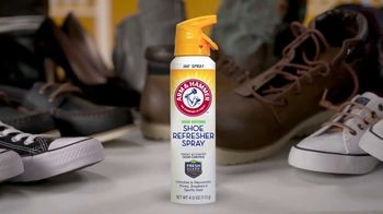 Arm & Hammer Foot Care Shoe Refresher Spray TV Spot, 'Shoes and Gear' - Thumbnail 2