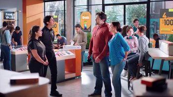 Boost Mobile TV Spot, 'Haz el switch a Boost Mobile y obtén 4 líneas por solo $100 dólares al mes.' [Spanish] - Thumbnail 1