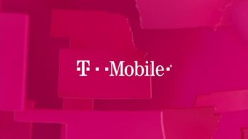 T-Mobile TV Spot, 'MLB: nos une' canción de The Temper Trap [Spanish] - Thumbnail 1
