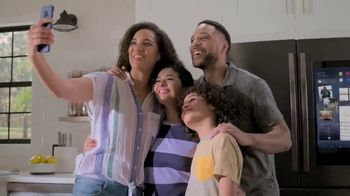 Lowe's TV Spot, 'Do It Right: Samsung Family Hub Refrigerator'
