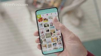 FreePrints TV Spot, 'Consigue más fotos en tu vida' [Spanish] - Thumbnail 2