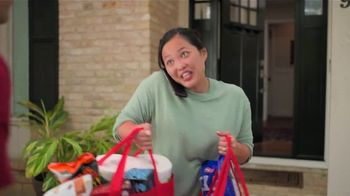 H-E-B Curbside & Delivery TV Spot, 'Free Next Day' - Thumbnail 8