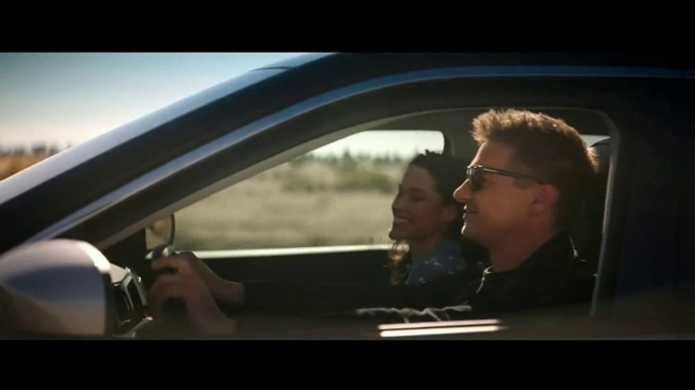 Jeep Summer of Jeep TV Commercial, 'Diner' Featuring Jeremy Renner [T1] -  Video