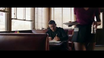 Jeep Summer of Jeep TV Spot, 'Diner' Featuring Jeremy Renner [T1] - Thumbnail 3
