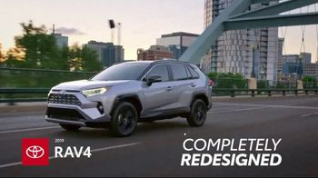 Toyota Summer Savings Event TV Spot, 'Get Up and Go' Song by The Sonic Hijackers [T2] - Thumbnail 4