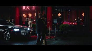 Encore Boston Harbor TV Spot, 'Red Carpet' Feat. Larry Bird, Magic Johnson, Song by Frank Sinatra - Thumbnail 1