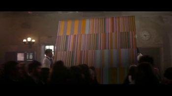 Encore Boston Harbor TV Spot, 'Red Carpet' Feat. Larry Bird, Magic Johnson, Song by Frank Sinatra - Thumbnail 5