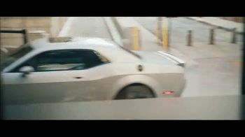 Dodge Summer Clearance Event TV Spot, 'Dancing in the Streets' Song by The Struts [T1] - Thumbnail 5