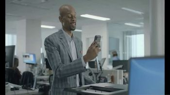 Hotels.com TV Spot, 'ESPYs' Featuring Bomani Jones - Thumbnail 5