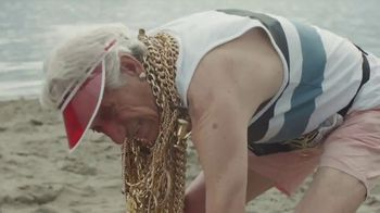 DURACELL Optimum TV Spot, 'Beach x Bear'
