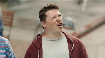 U.S. Cellular TV Spot, 'Latest Phone Free' Featuring Jason Biggs - Thumbnail 4