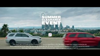 Dodge Summer Clearance Event TV Spot, 'Durangos in the Street' Song by The Struts [T1] - Thumbnail 8