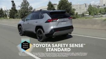 Toyota TV Spot, 'Western Washington Road Trip: Advanced Safety Features' Feat. Danielle Demski and Ethan Erickson [T2] - Thumbnail 5