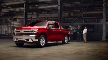 Chevrolet Silverado TV Spot, 'Lleno de sorpresas' [Spanish] [T1]