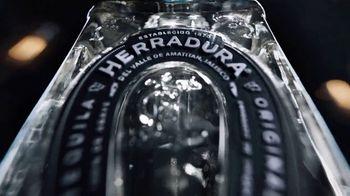 Herradura Silver TV Spot, 'El tequila con más medallas de oro' [Spanish] - Thumbnail 3