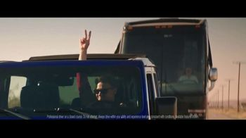 Summer of Jeep TV Spot, 'Ride Swap' Featuring Jeremy Renner [T1] - Thumbnail 6