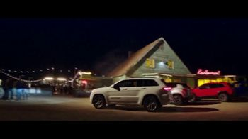 Jeep Summer of Jeep TV Spot, 'Grand Party' Featuring Jeremy Renner, Song by Jeremy Renner [T1]