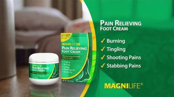 MagniLife Pain Relieving Foot Cream TV Spot, 'Get Relief' - Thumbnail 4