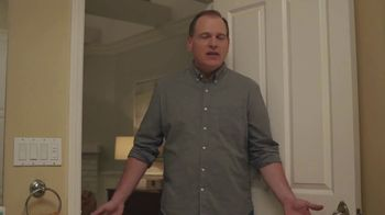 XFINITY Internet TV Spot, 'Don't Live With AT&T: Bath Time' - Thumbnail 6