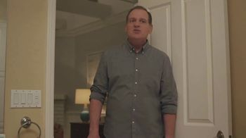 XFINITY Internet TV Spot, 'Don't Live With AT&T: Bath Time' - Thumbnail 7
