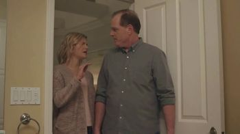 XFINITY Internet TV Spot, 'Don't Live With AT&T: Bath Time' - Thumbnail 8
