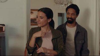 AT&T Internet TV Spot, 'Just OK: Bed & Breakfast Bundle: $89.99' - Thumbnail 3