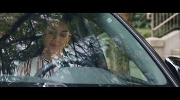 Volvo Summer of Safety Sales Event TV Spot, 'Florist' [T2] - Thumbnail 5