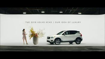 Volvo Summer of Safety Sales Event TV Spot, 'Florist' [T2] - Thumbnail 9